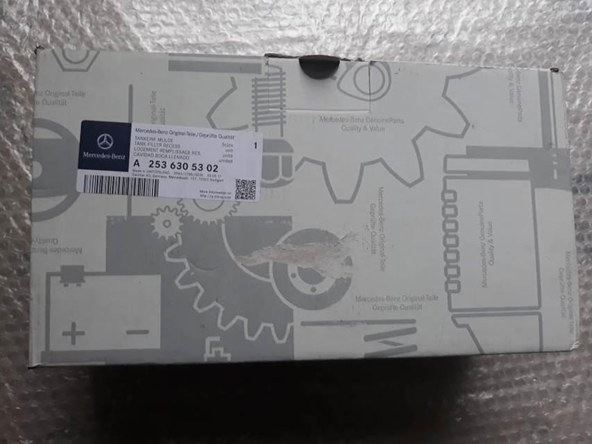 Nắp đạy Bình Xăng A2536305302 (2)