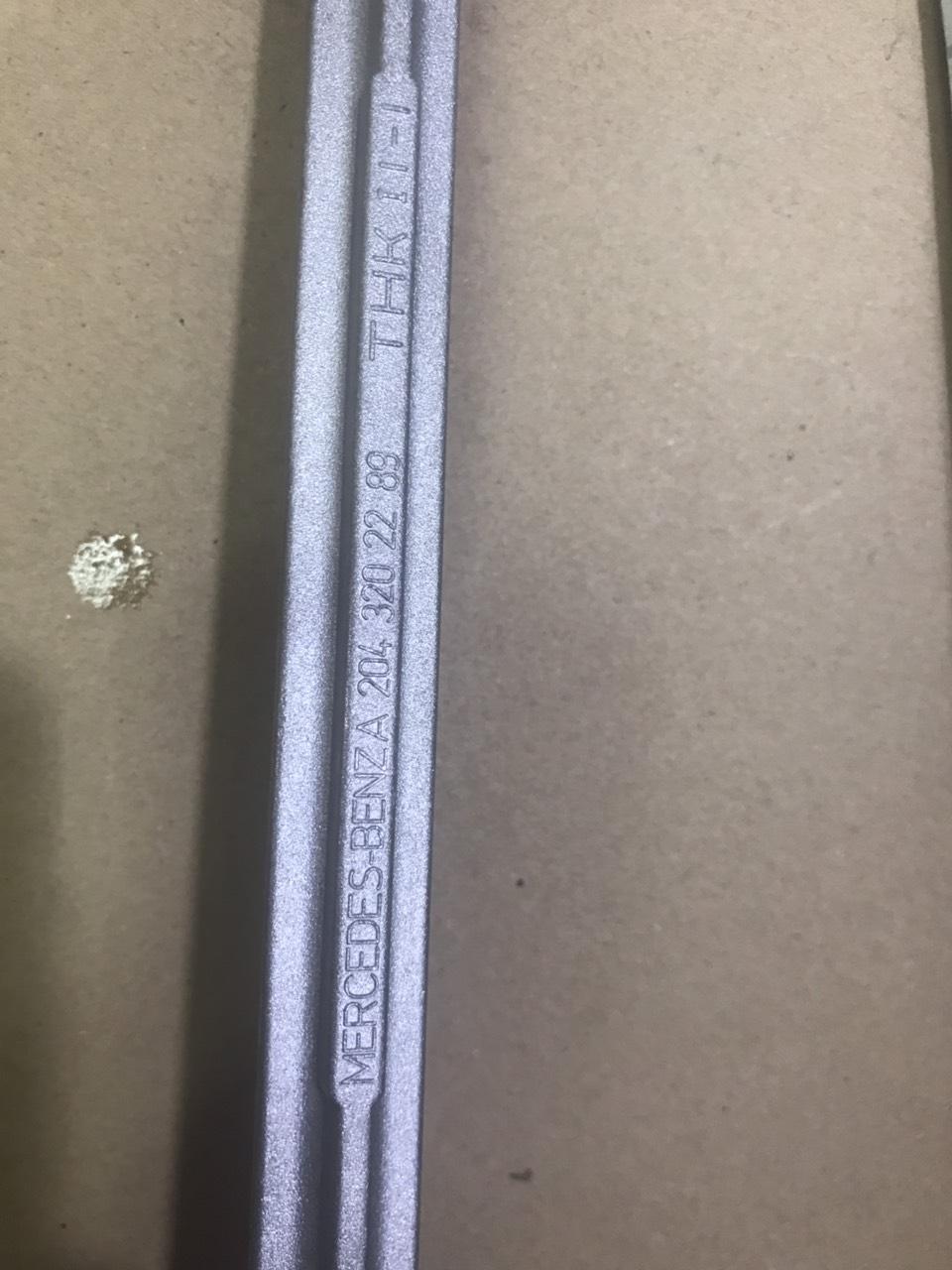 Rotuyn Cân Bằng Trước W204 A2043202289
