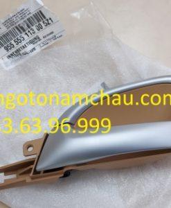 955555113005Z1 Tay Mở Cửa Trong Porsche Cayenne (1)