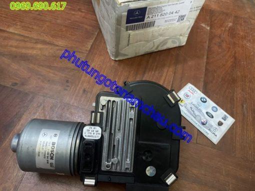 A2118200442 Moto Gạt Mưa Merc W211 (1)